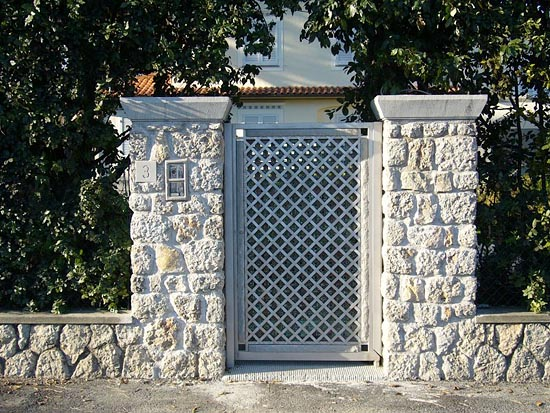 Cancelli per giardino in ferro ji72 regardsdefemmes - Ringhiere per giardino ...