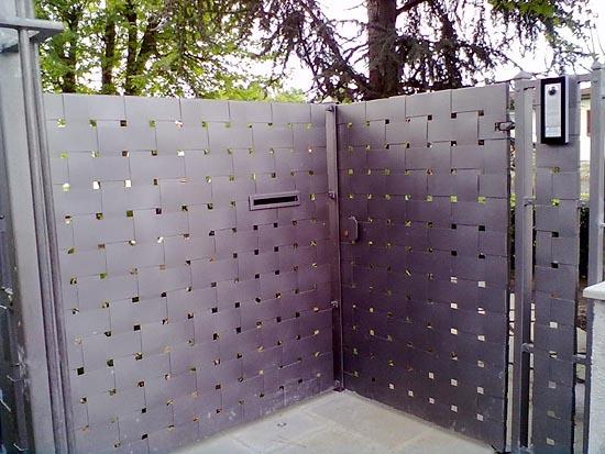 Arte ferro srl serramenti infissi arredamenti e for Pannelli divisori per esterni in ferro